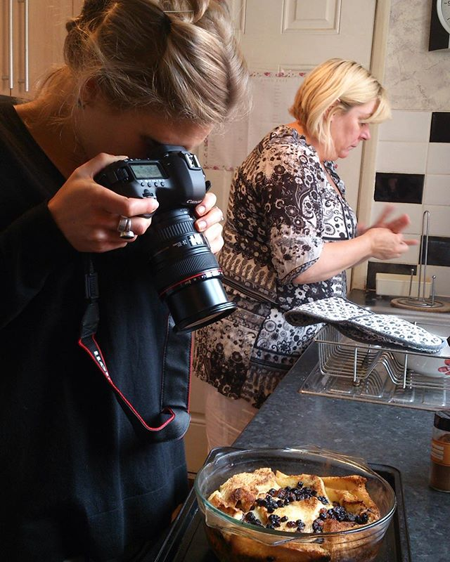 Photographer Liz Hingley on a photo shoot in Smethwick, September, 2014  More news about upcoming publication soon.  @lizhingley1